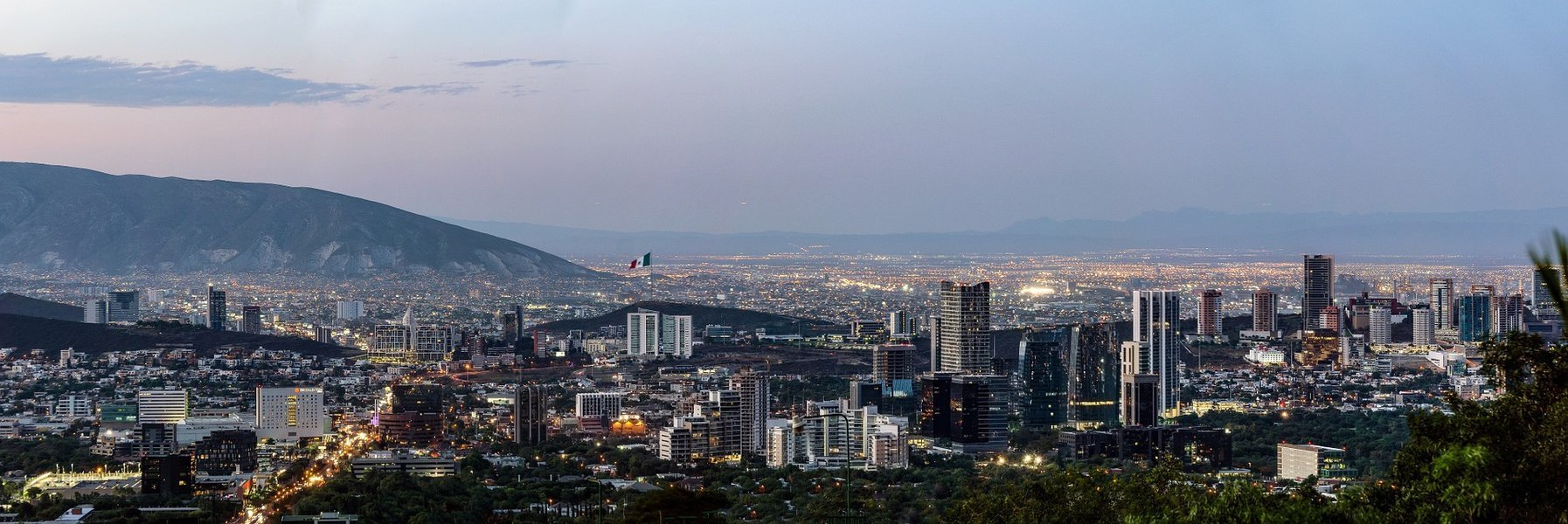 Krystal Hoteles Discover The Capital Of Nuevo León Staying At One Of The Best Hotels In Monterrey México Mexico