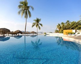 Swimming pool Krystal Beach Acapulco Hotel -