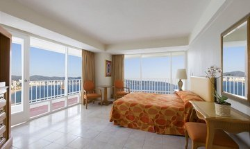 King room with ocean view Krystal Beach Acapulco Hotel -