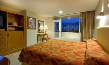 King room Krystal Beach Acapulco Hotel -