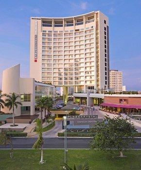 Krystal Hoteles Official Website