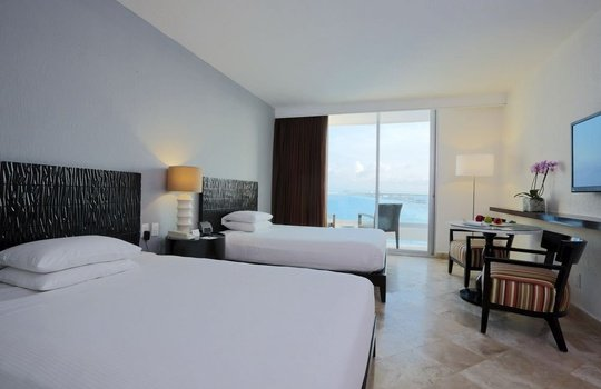 Deluxe ocean view Reflect Krystal Grand Cancún Hotel -